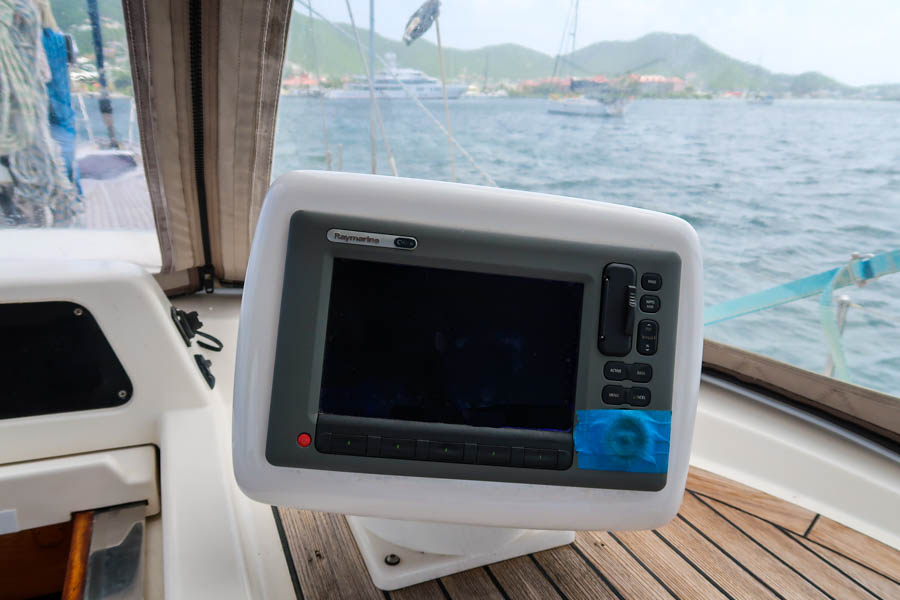 Raymarine Axiom Installation